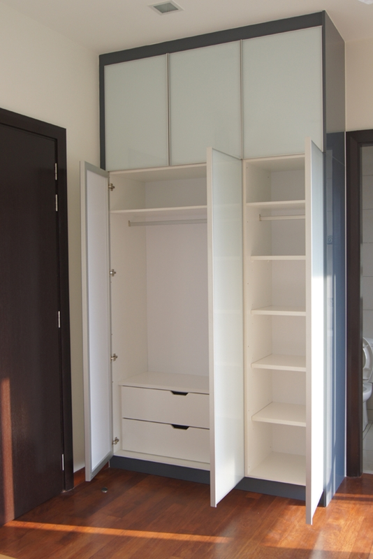 Swing Door Wardrobe Innova Concept
